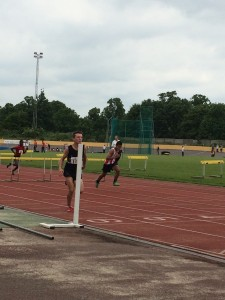 Arm finishing hurdles Reading 31st May 2014