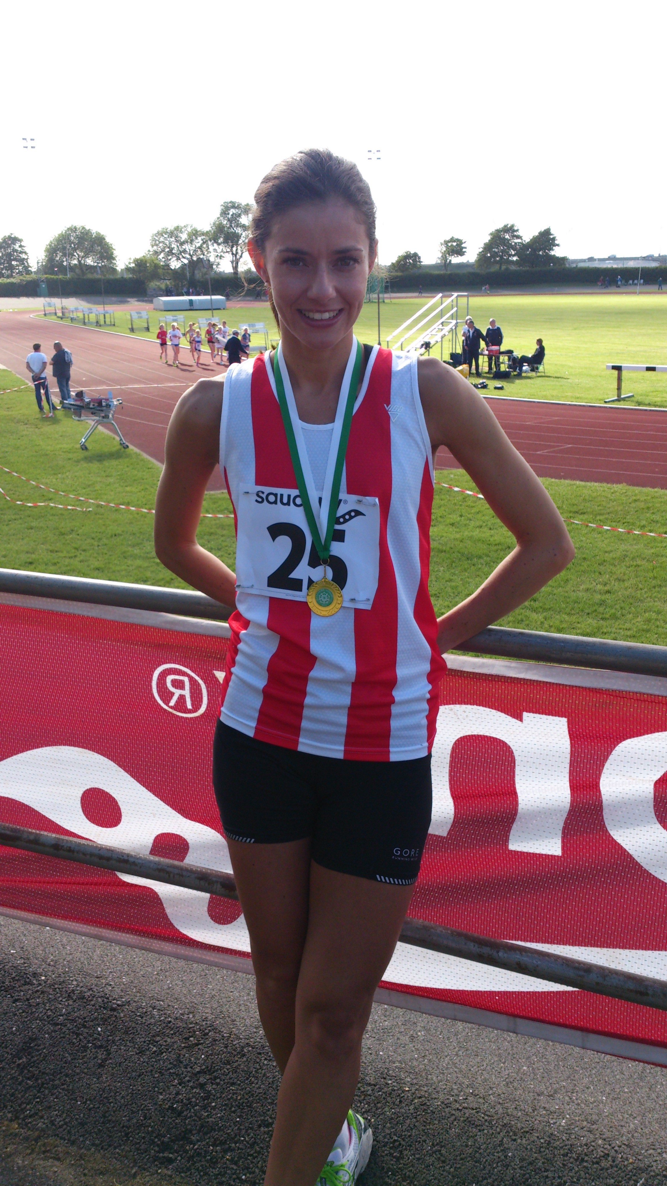 SW 800m Champion - Sophie Hall